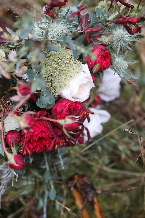 Forever Yes Photography - Bohemian styled wedding-shoot Ardennen, Belgium Bruidsboeket Korlaar Bloemisten Bunschoten - Spakenburg Dirk-Geert Korlaar