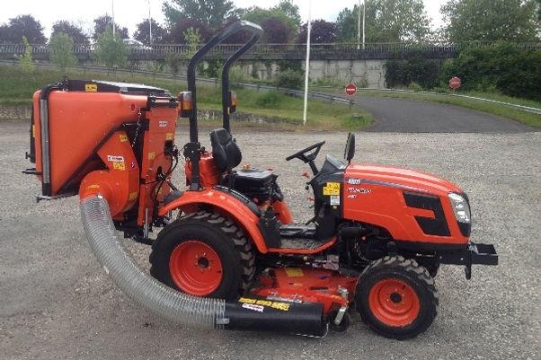 1 Tracteur Kioti CX2510 tractor2.jpg