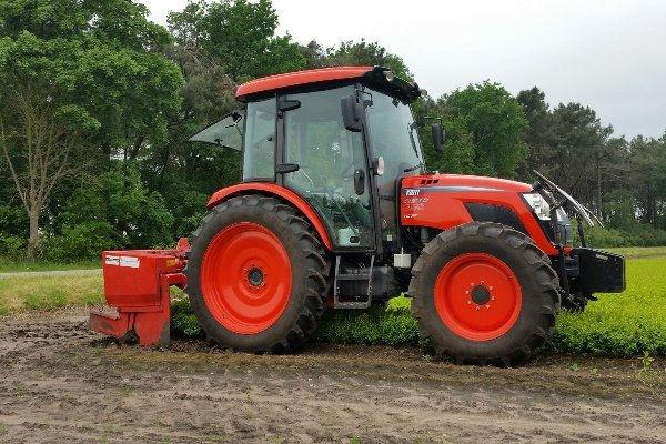 42 Tracteur Kioti RX tractor.jpg