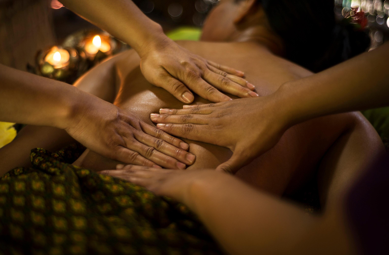 4-hånds tantrisk massasje