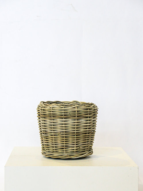 Small Rattan Planter with Lined Inner
