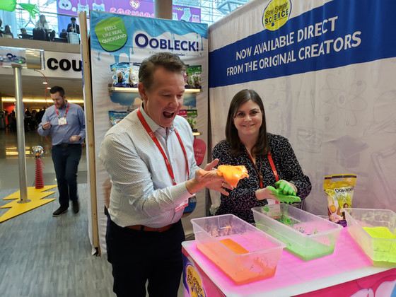 Steve Spangler invokes Dr. Seuss via Oobleck! at Toy Fair