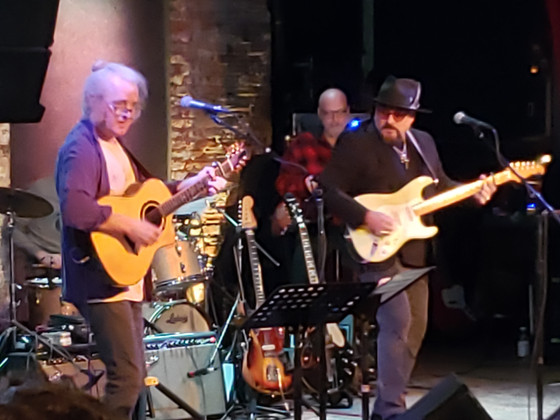 Seventh annual Guitar Mash Urban Campfire brings master guitarists to City Winery