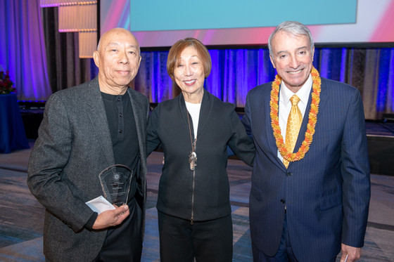 APAP Awards honor Ping Chong, outgoing APAP prez Mario Garcia Durham