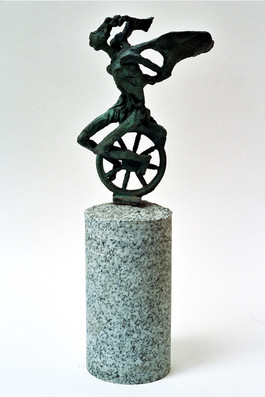 Ángel en bicicleta