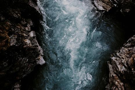 sav_mountainriver_MAG.jpg