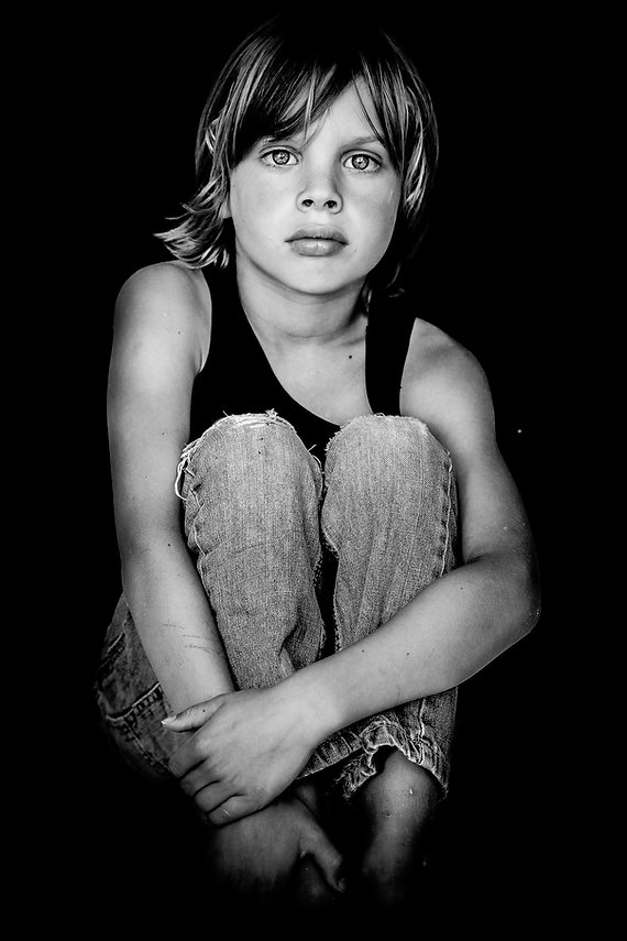 portret kind natasja nienhuis groningen zwartwit fotografie
