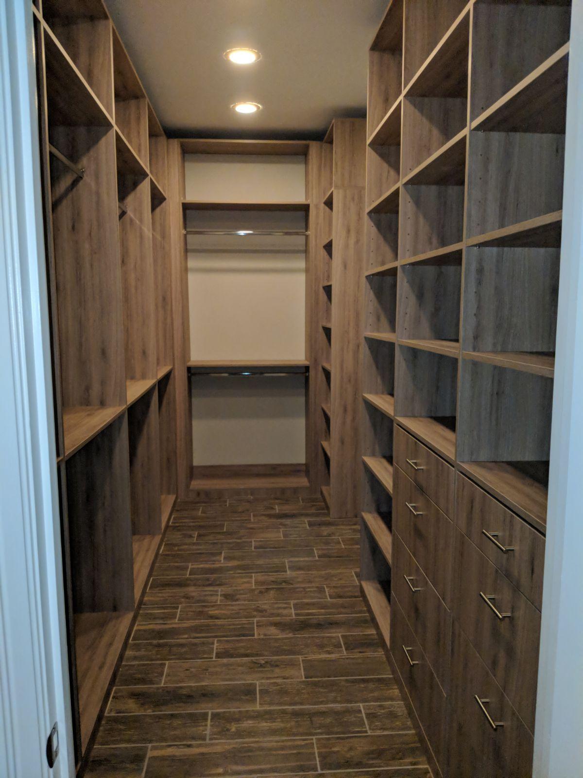 Wlaking Closet