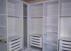 Medium Walking Closet White