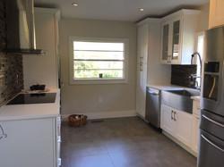 Contemporary White Kitchen