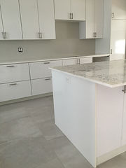 White Kitchen Modern Cabinets