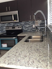 Small Kitchen Granite Countertop