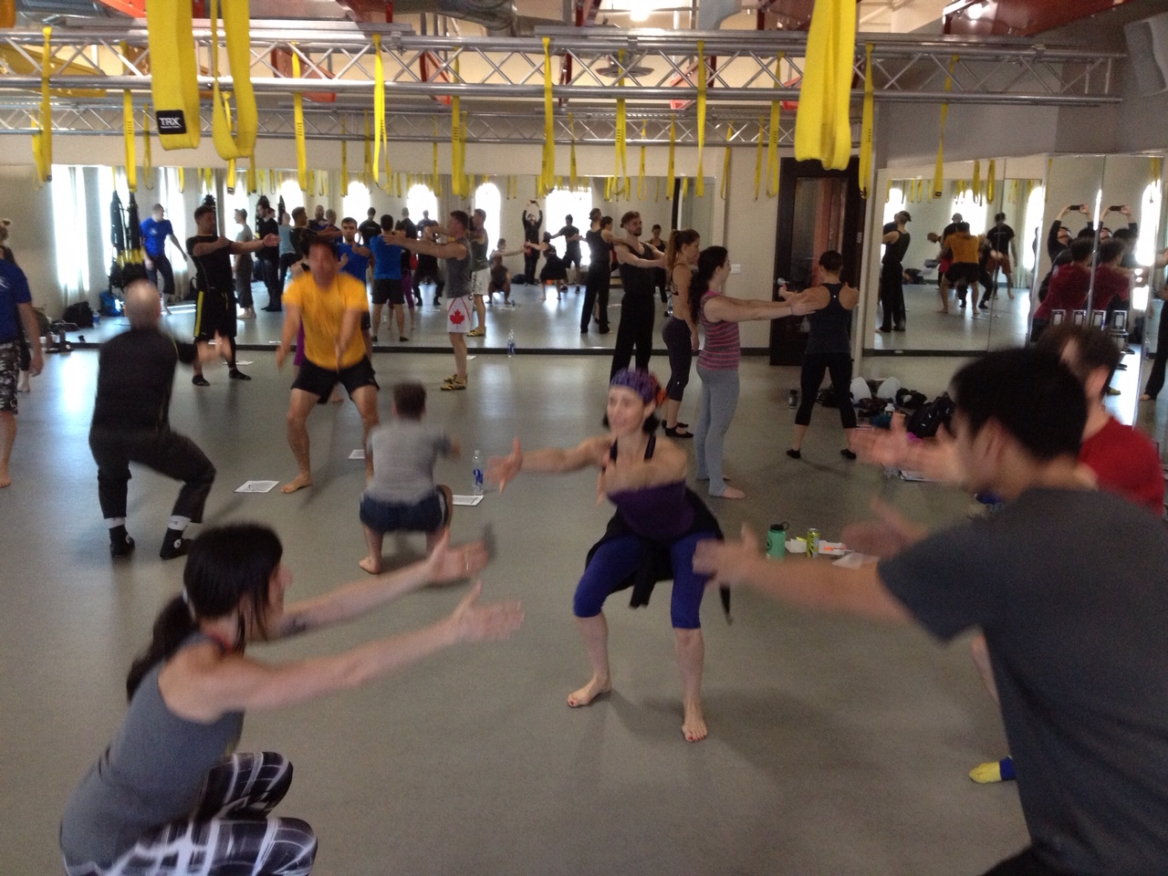 FlowFit students warm-up