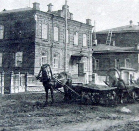 Linking the periphery to the centre: Perm' province's goods transporters, 1880-1914