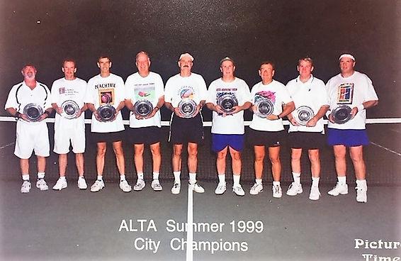 tennisgroup.jpg