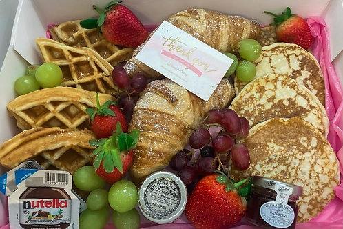 Cakes-A-Daisy Mothersday Breakfast Box 🧇 🥞 🍓 🍇 🥐 🍫