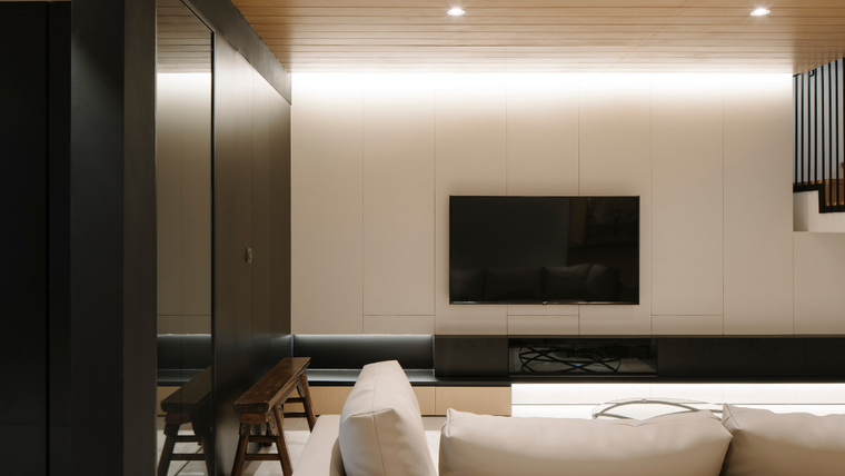 A Look into How Sol Luminaire Lights up a Modern-Day Home in Singapore