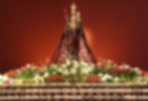 zlv in haar kapel met zee aan kaarsen 2.
