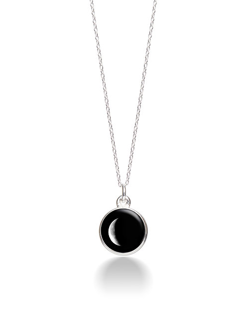 Charmed Simplicity Necklace Moon phase: Waning Crescent (1D)