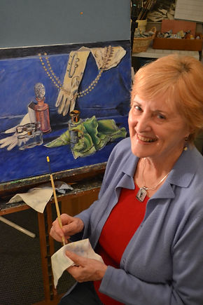 Lynne Oakes JPG.JPG