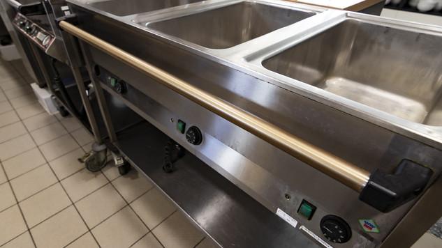 Antimikrobiální měděná fólie K Copper Plus - madlo od gastro vany v kuchyni