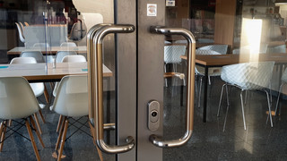 Antimikrobiální měděná fólie K Copper Plus - dveřní madla