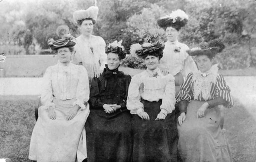 Alice & her sisters.jpg