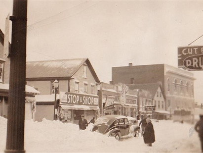 1930s SNOW REMOVAL IN THIS WEEK'S GAZETTE