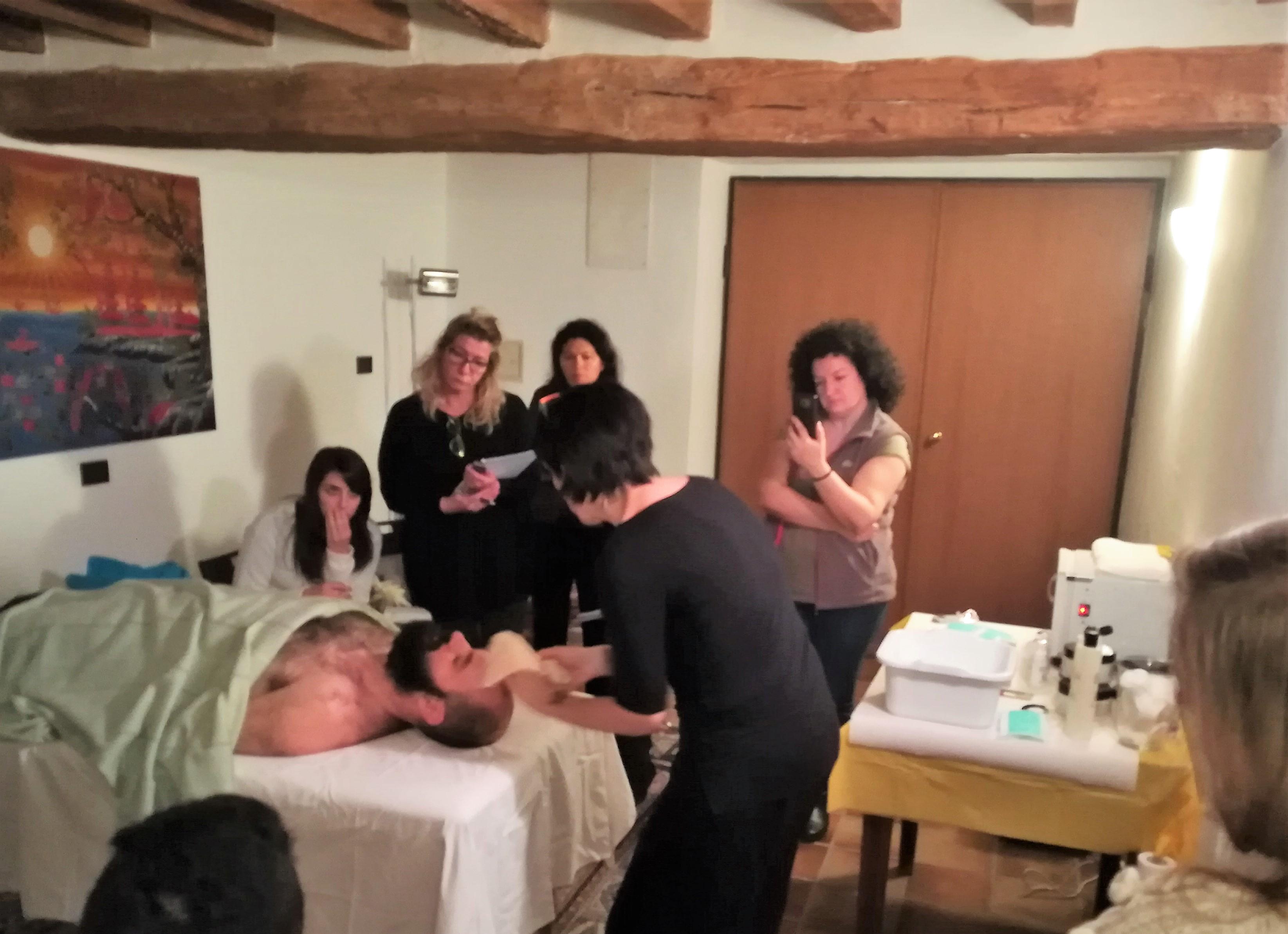 Corso Massaggio Viso Olistico
