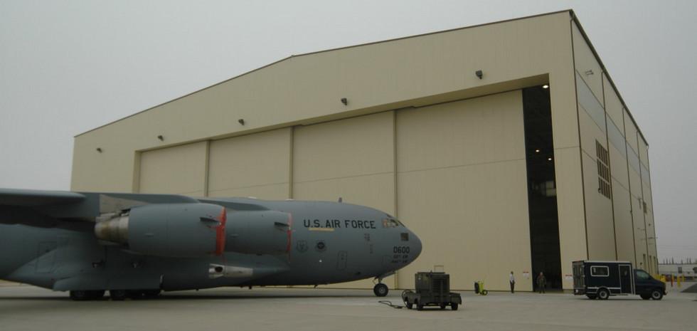 March AFB C-17.jpg