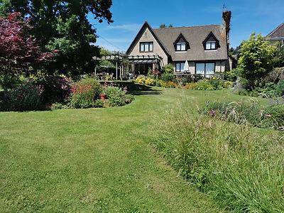 Hanborough garden.jpg