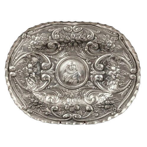 INCREDIBLE MONUMENTAL CONTINENTAL SILVER LARGE TRAY WITH PORTRAIT