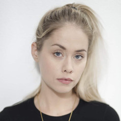 Elke Shari Van Den Broeck