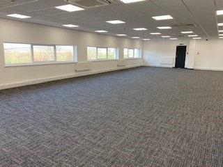office to rent in salisbury fibre broadband reception serviced office free car park