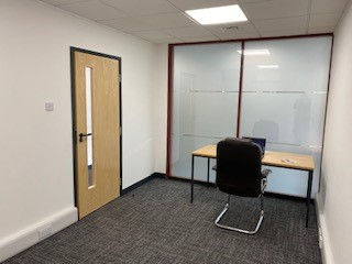 single small office to rent long or short term lease Salisbury