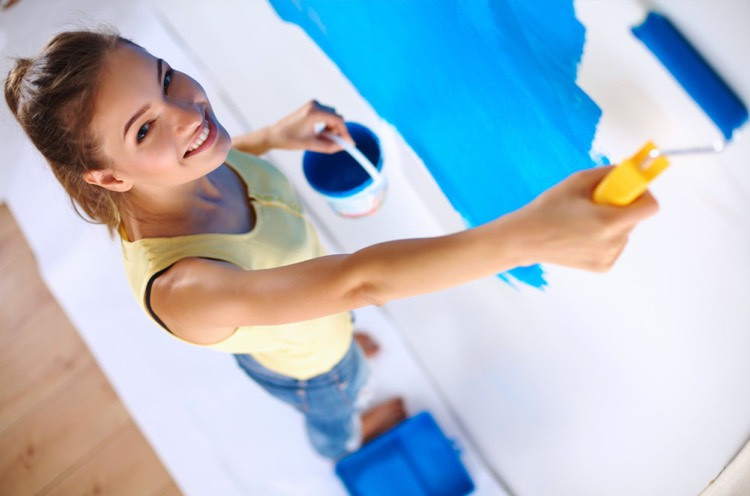 Lady Painter in Malaysia
