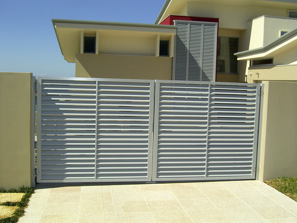 Louver Door Gate