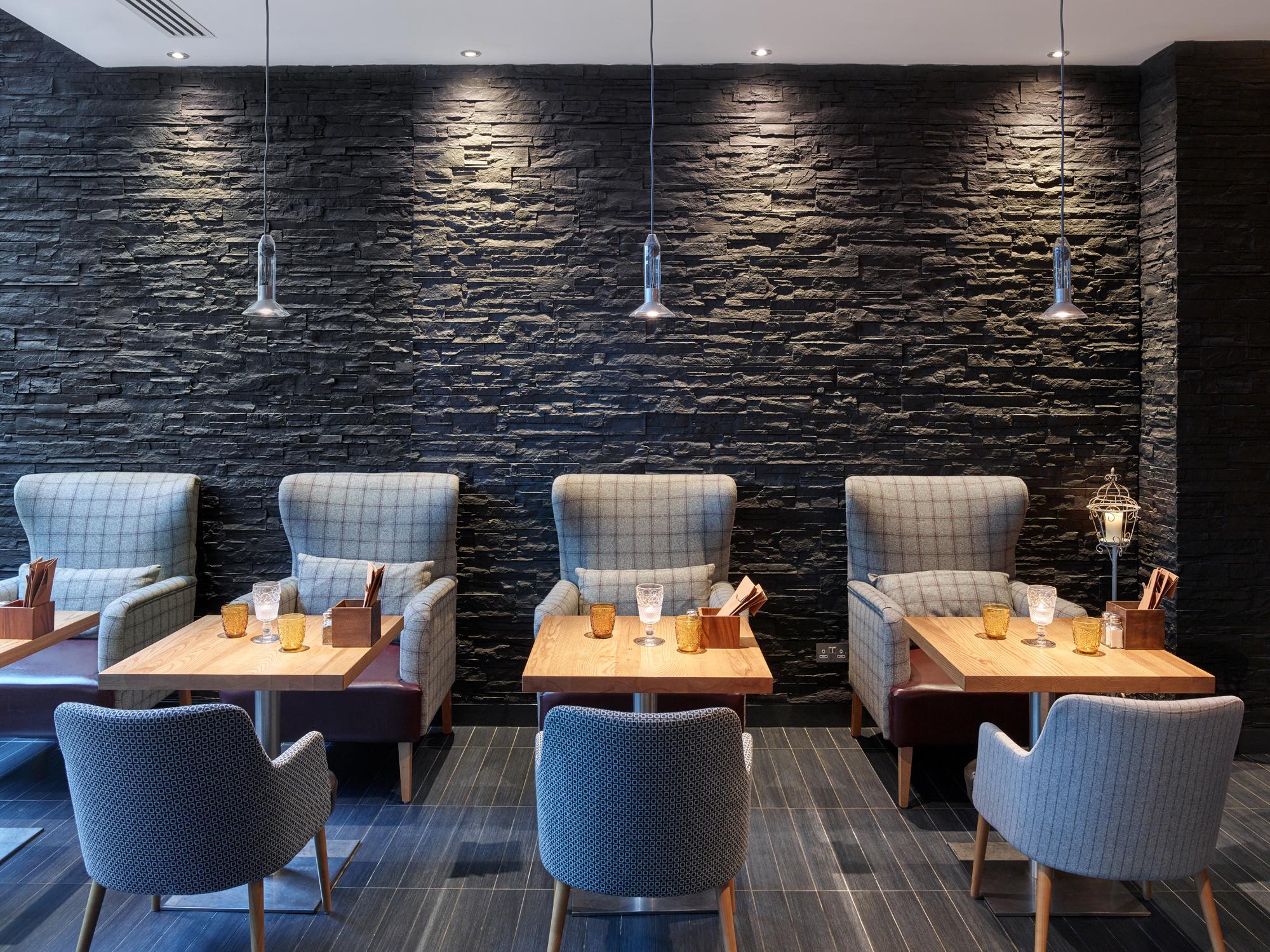 Отделка кафе в стиле каменном фото