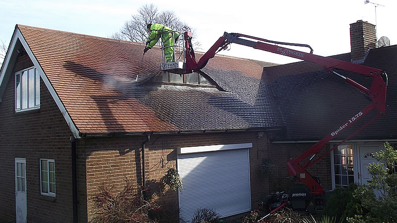 Roof Cleaning Contractor Malaysia