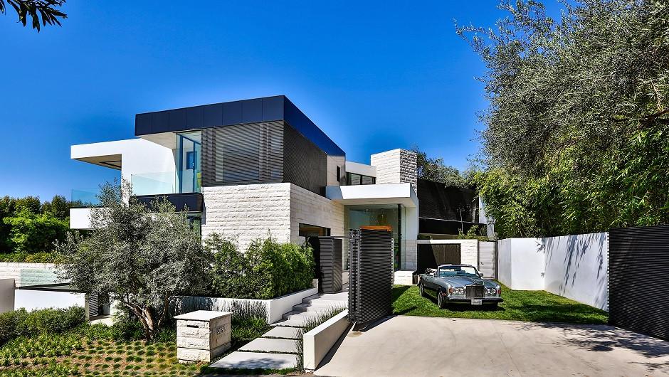 Lightweight Foam Concrete House