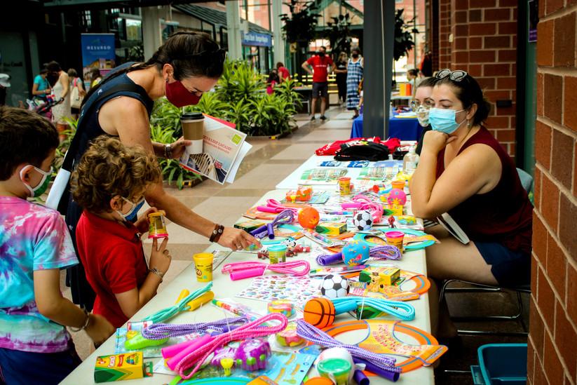KidsFest_GiftsTable.jpg