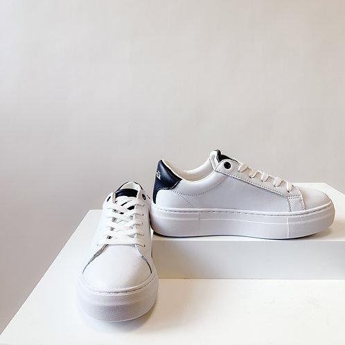 Korlà Sneaker - White W/NAVY