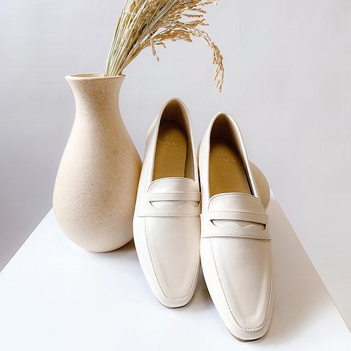 Kenni II Leather Loafers Creamy White