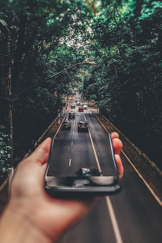 forced-perspective-photography-of-cars-r