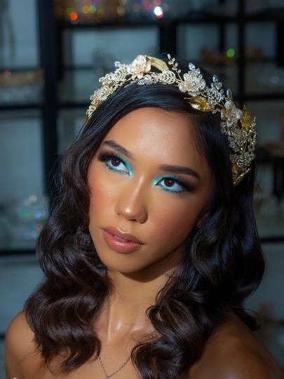Greek Goddess Bridal Headpiece.png