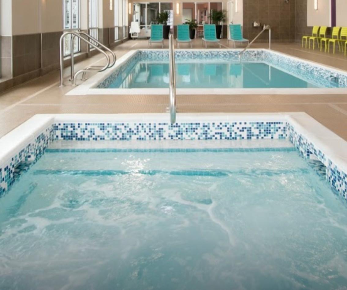 Fort St John Home 2 Suites Pool