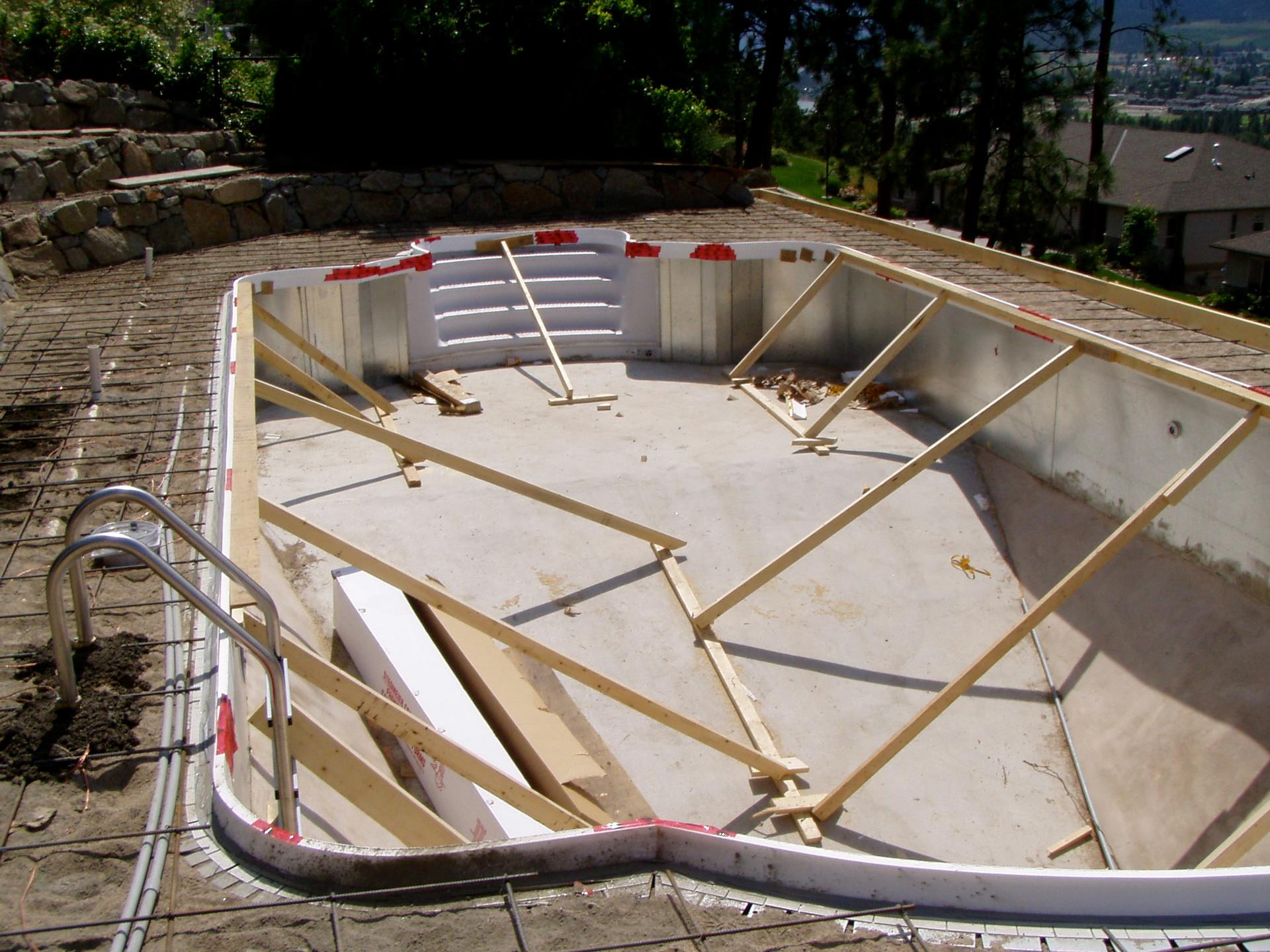 Vinyl Liner Pool Construction