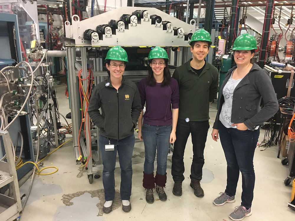 SuN group members getting ready for the experiment: Mallory Smith, Alicia Palmisano, Alex Dombos, Stephanie Lyons