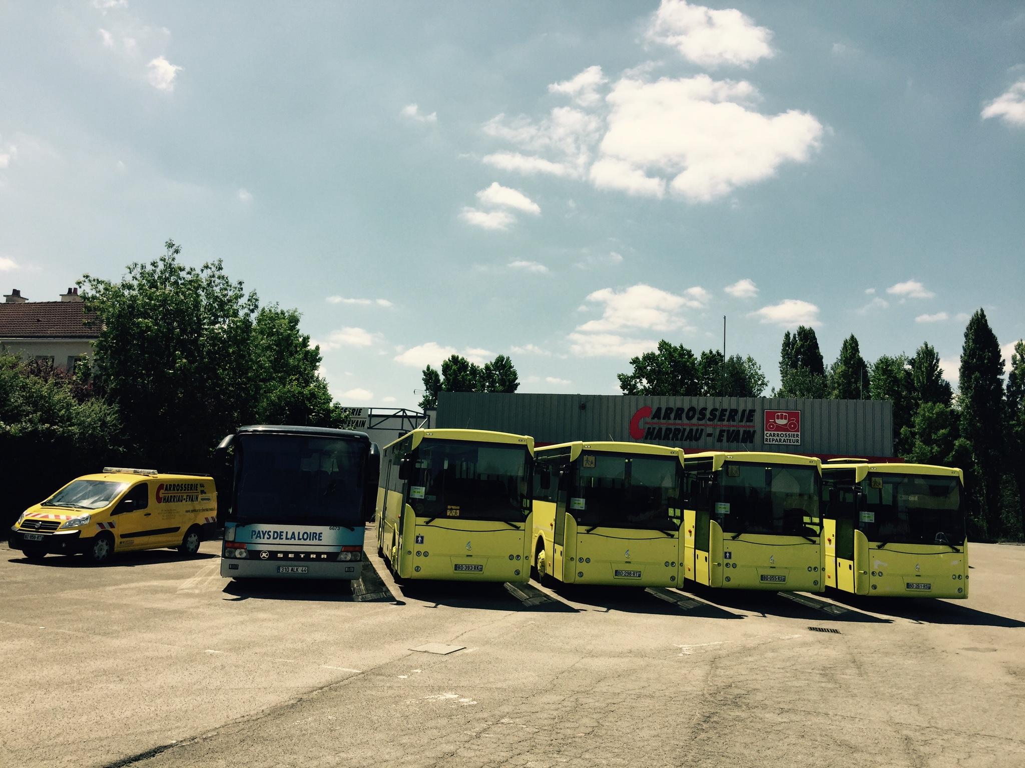Autocars & Autobus