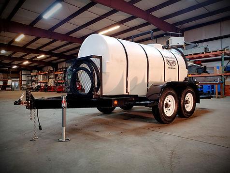 1,000 gal water trailer_edited.jpg
